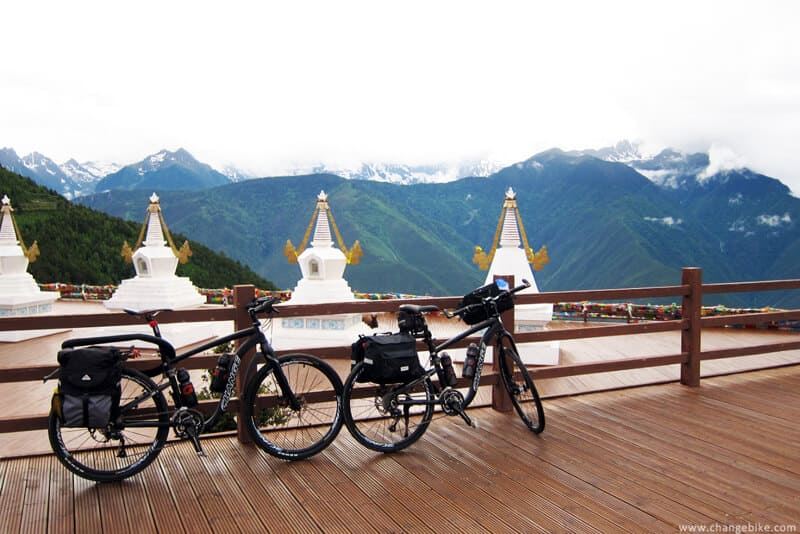 changebike bike trip yunnan flying temple